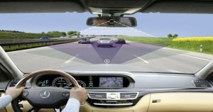 mercedes-benz-avoid-accident-thinking-process-sense03